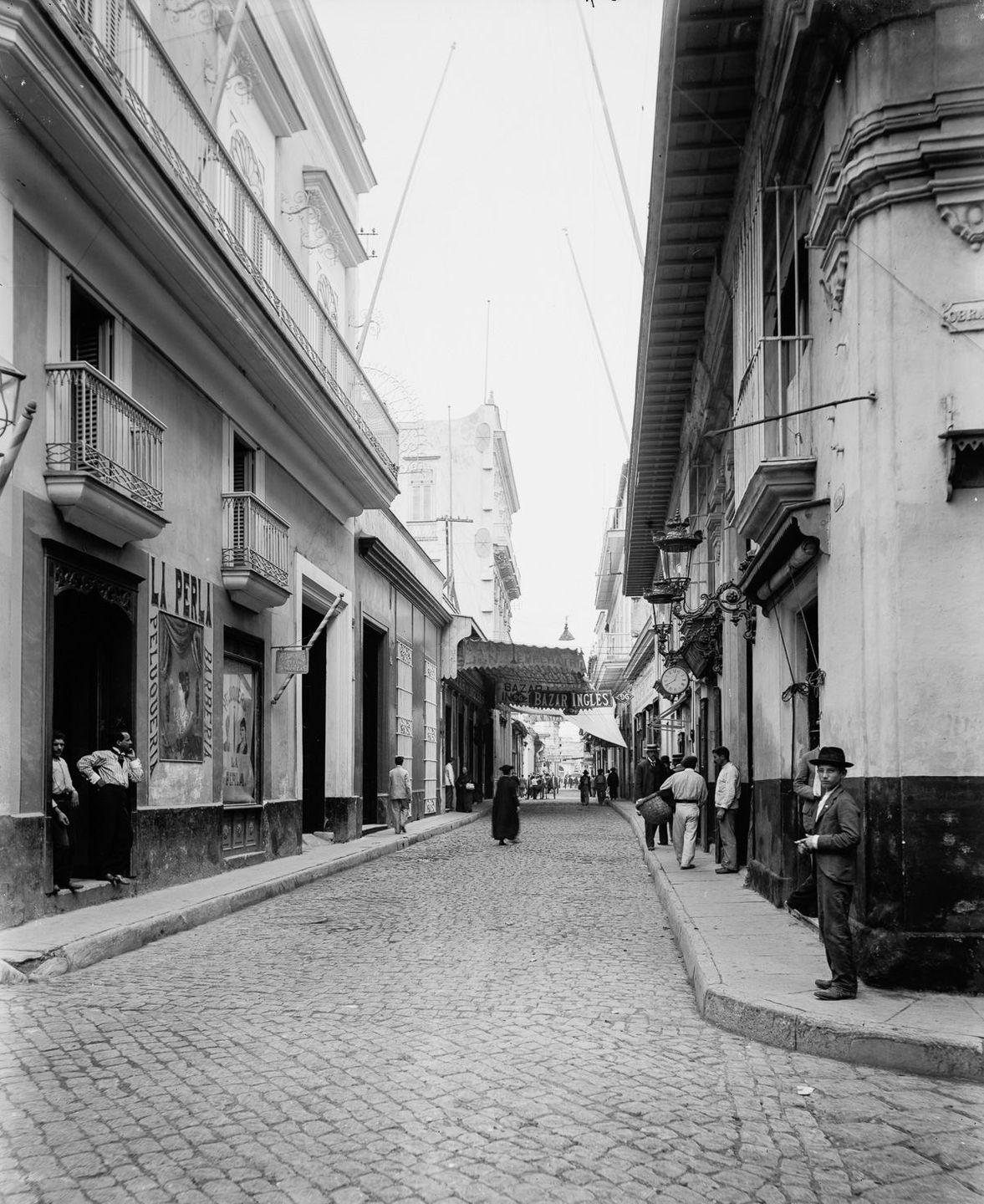 The streets of Old Havana 1900 - Obrapia Street