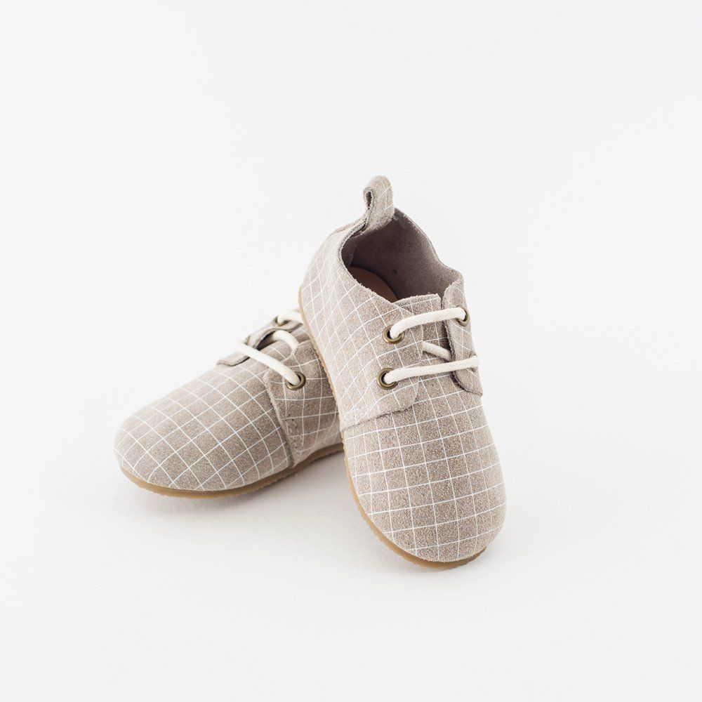 The Piper Finn Oxford is a contemporary take on the classic tailored design. Our shoes provide a perfect staple piece for your little one's wardrobe. They are easy to put on, easy to take off, and mos