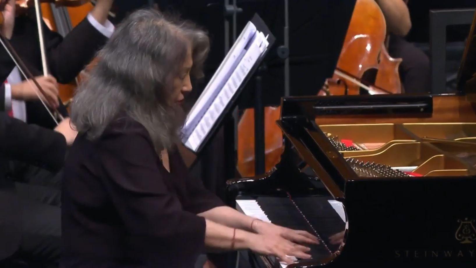 Pyotr Ilyich Tchaikovsky Piano Concerto No 1 In B Flat Minor Martha Argerich West Eastern Divan Orchestra Daniel Barenboim Piano Orchestra Classical Music