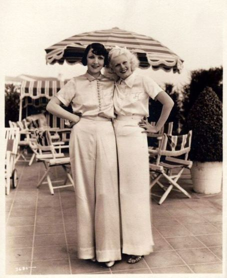 Looks like Claudette Colbert and Jean Harlow.