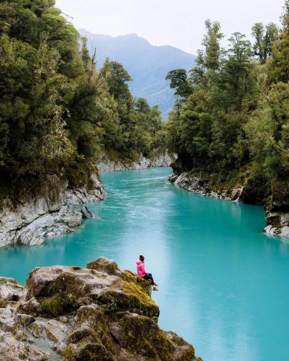 Must See Places On The South Island Of New Zealand  Renee Roaming12 Must See Places On The South Island Of New Zealand  Renee Roaming  Perfect for WORK  TRAVEL The capaci...