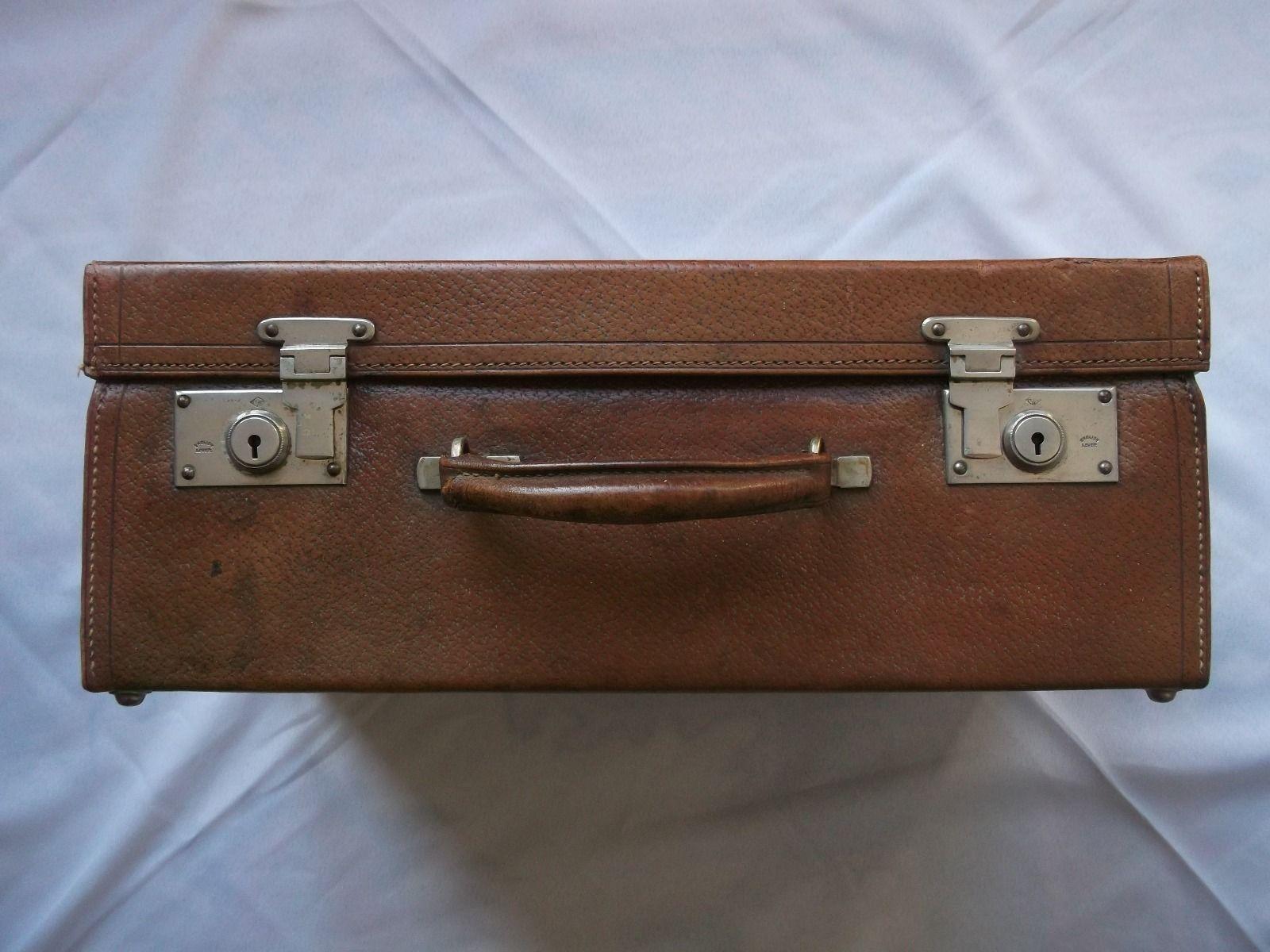 les 25 meilleures id es de la cat gorie valise de marque sur pinterest tiquette valise. Black Bedroom Furniture Sets. Home Design Ideas