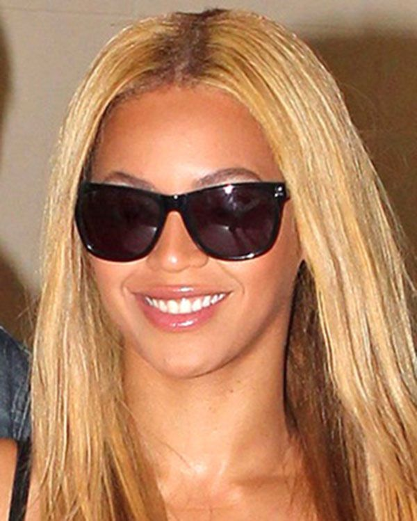 5b583c563f7 Beyonce wearing Oliver Peoples sunglasses