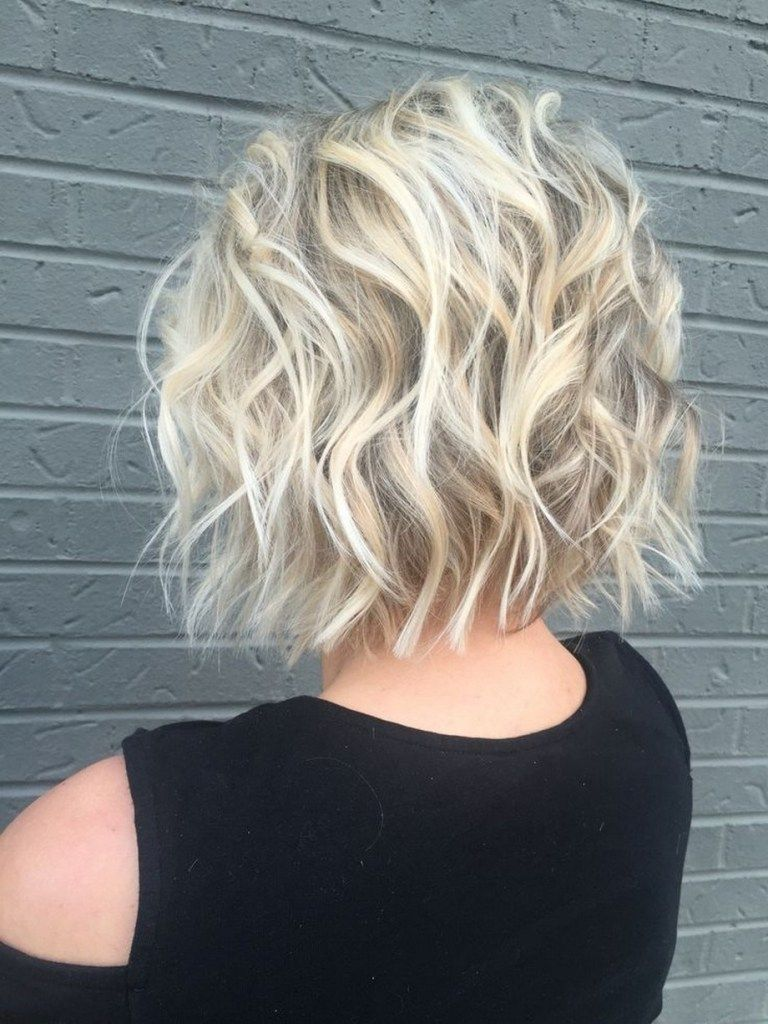 46 Beautiful Short Hairstyles Ideas For Curly Hair That Make You Say Wow #hairstyleideas