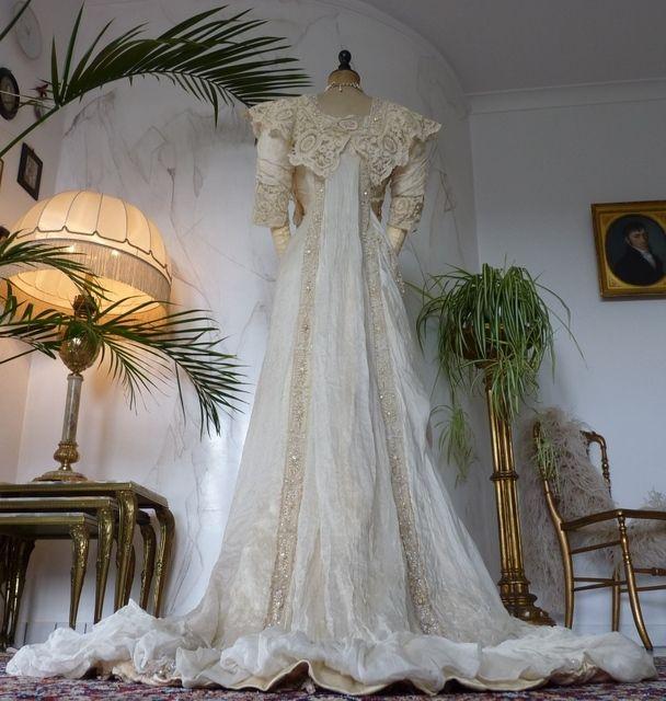 Exquisite Belle Epoque Wedding Gown, Antique Dress, Antique Gown, Bridal Gown, Edwardian, Art Nouveau, ca. 1909