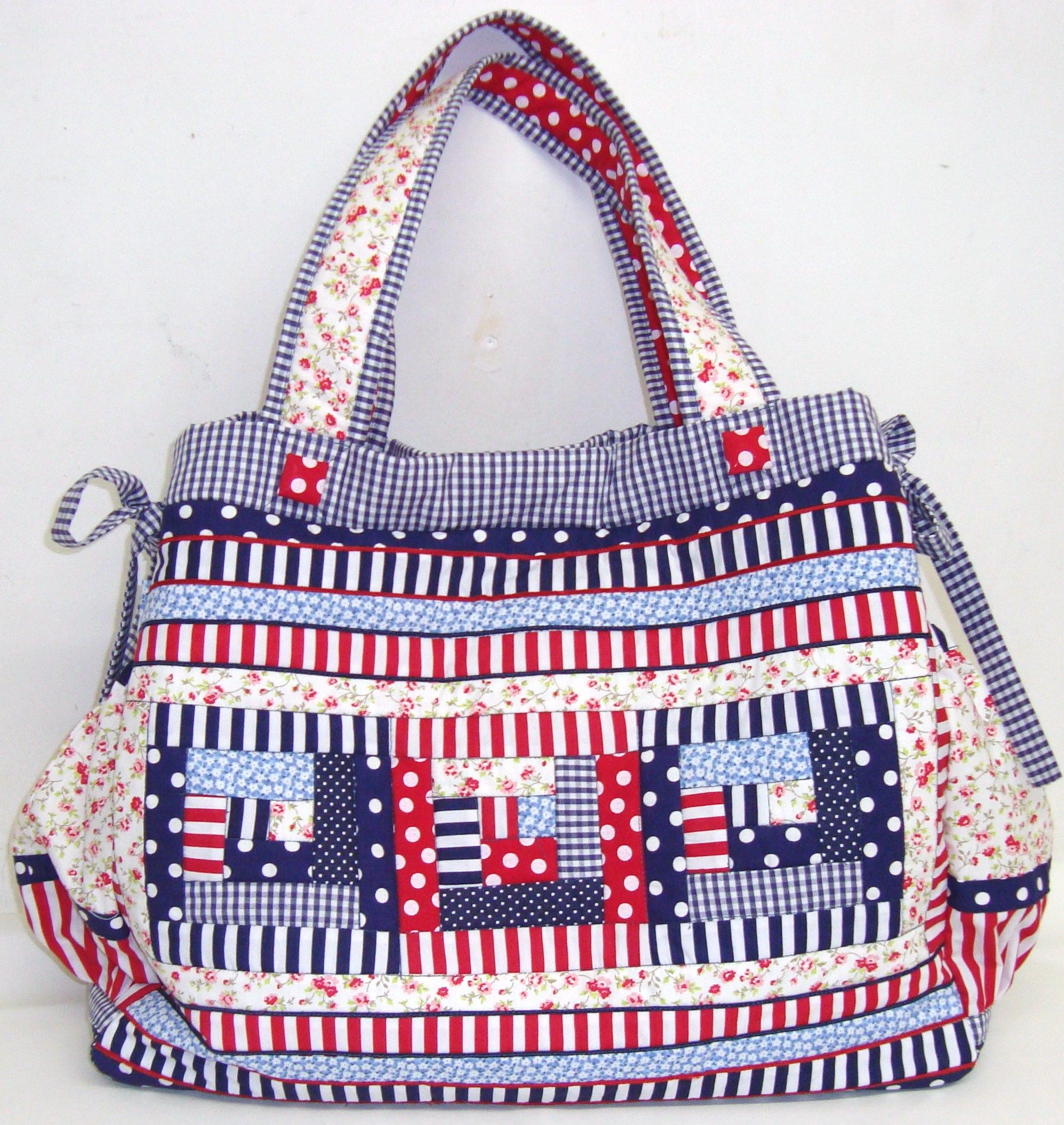 Bolsa maternidade de patchwork encomenda monicacordeiro m - Proyectos de patchwork ...