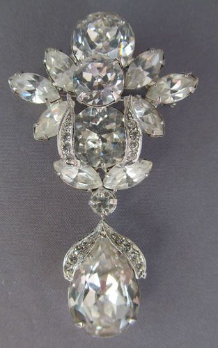 RARE~3D VINTAGE DECO WEISS RHINESTONE DANGLE BROOCH PIN