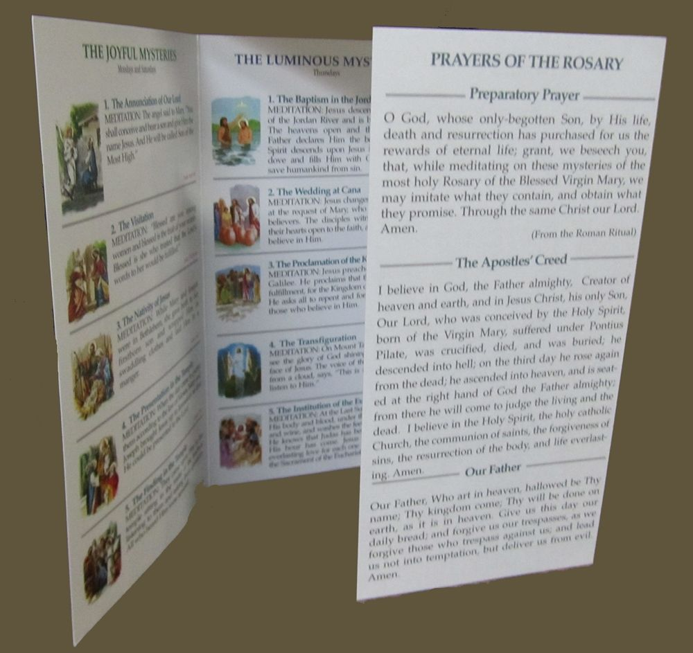 Rosary Pamphlet with the Luminous Mysteries Praying the