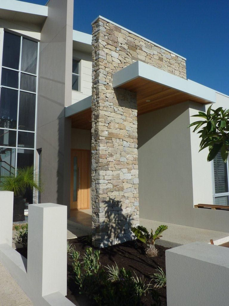 Stacked stone wall home exterior in 2019 stone - Stone cladding on exterior walls ...