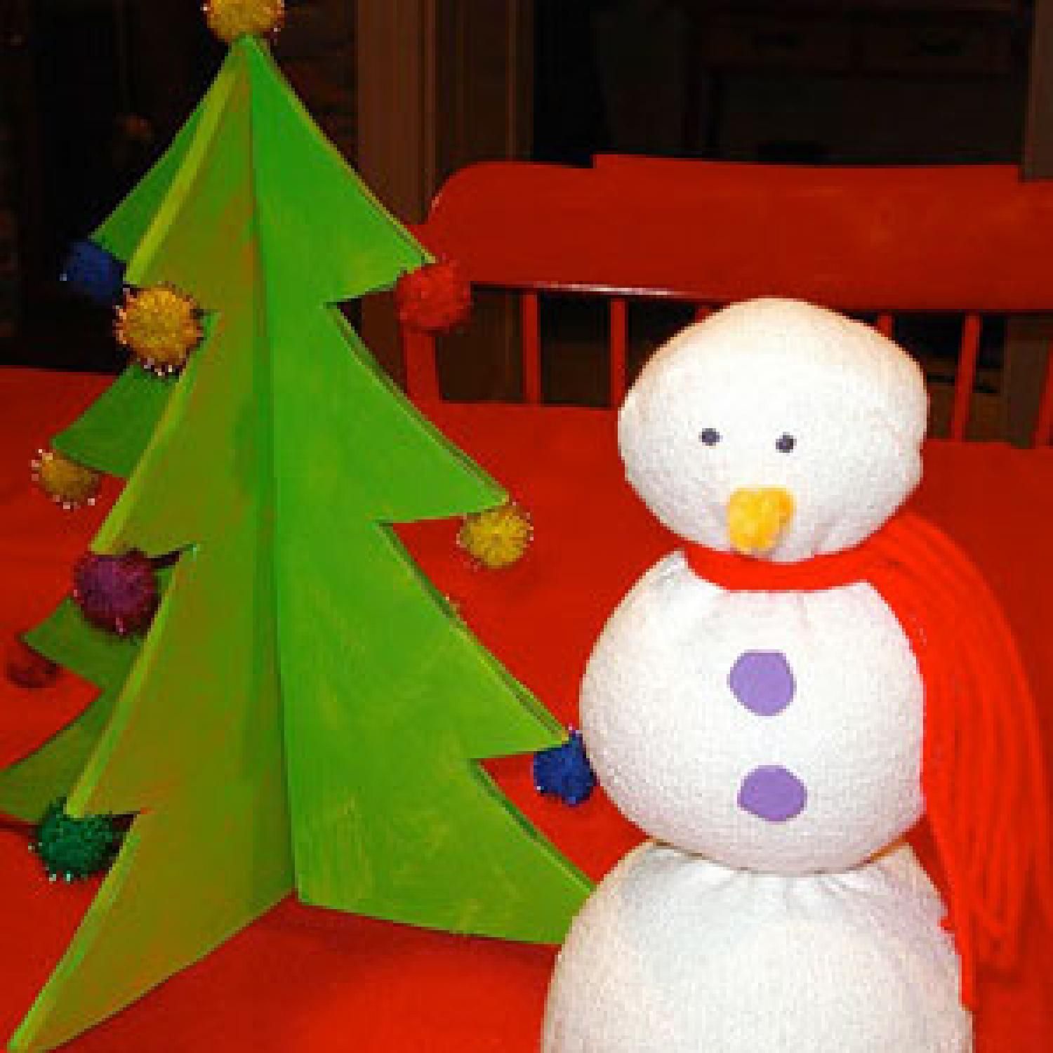This Christmas craft for kids doubles as a great Christmas decoration the whole family will admire - parenting.com