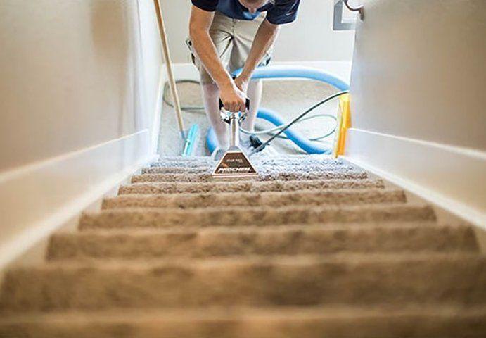 Why You Should Get Your Carpets Professionally Cleaned Sippy Warum Sie Ihre Teppiche Professionell Reinigen Lassen Sollten Sippy How To Clean Carpet Carpet Cleaning Hacks Beige Carpet