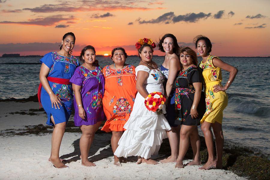 Beach Wedding!! Mexican Style! Boda en la Playa! Vestidos Mexicanos ...