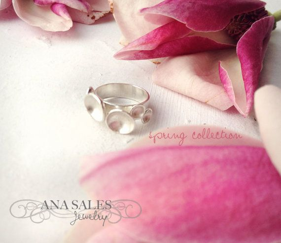 TinyDiscs Sterling Silver Ring by AnaSalesJewelry on Etsy