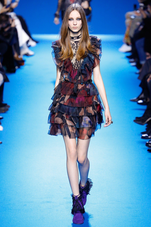 Elie Saab Fall 2016 Ready to Wear Fashion Show
