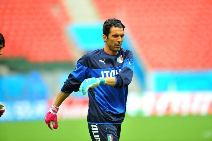 Buffon itália (Foto: Aldo Carneiro / Pernambuco Press)