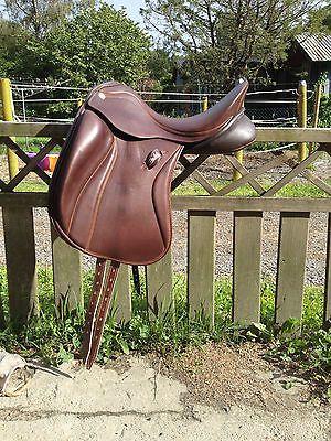 Zaldi SanJorge dressage saddle | Dressage Queen | Dressage
