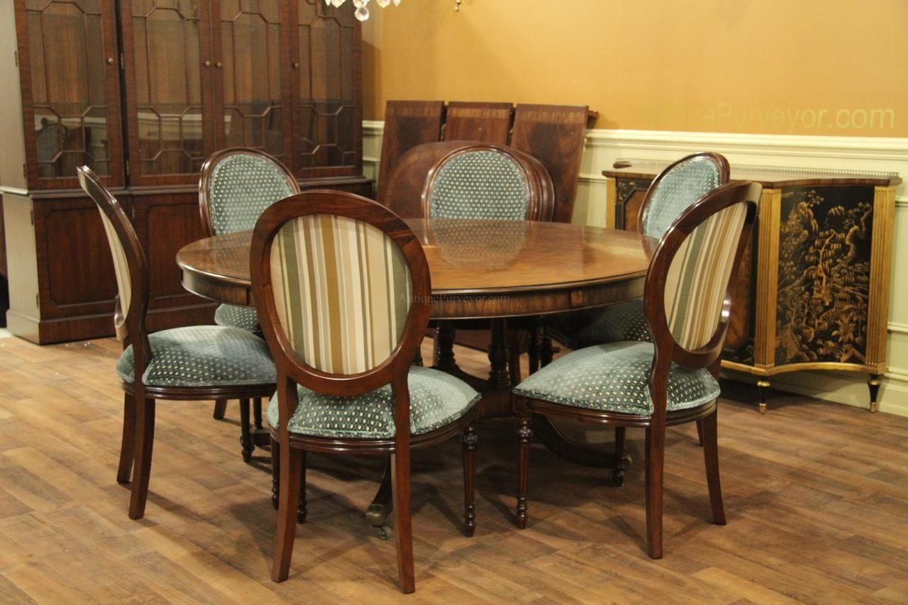 Round Dining Room Tables Seats 6