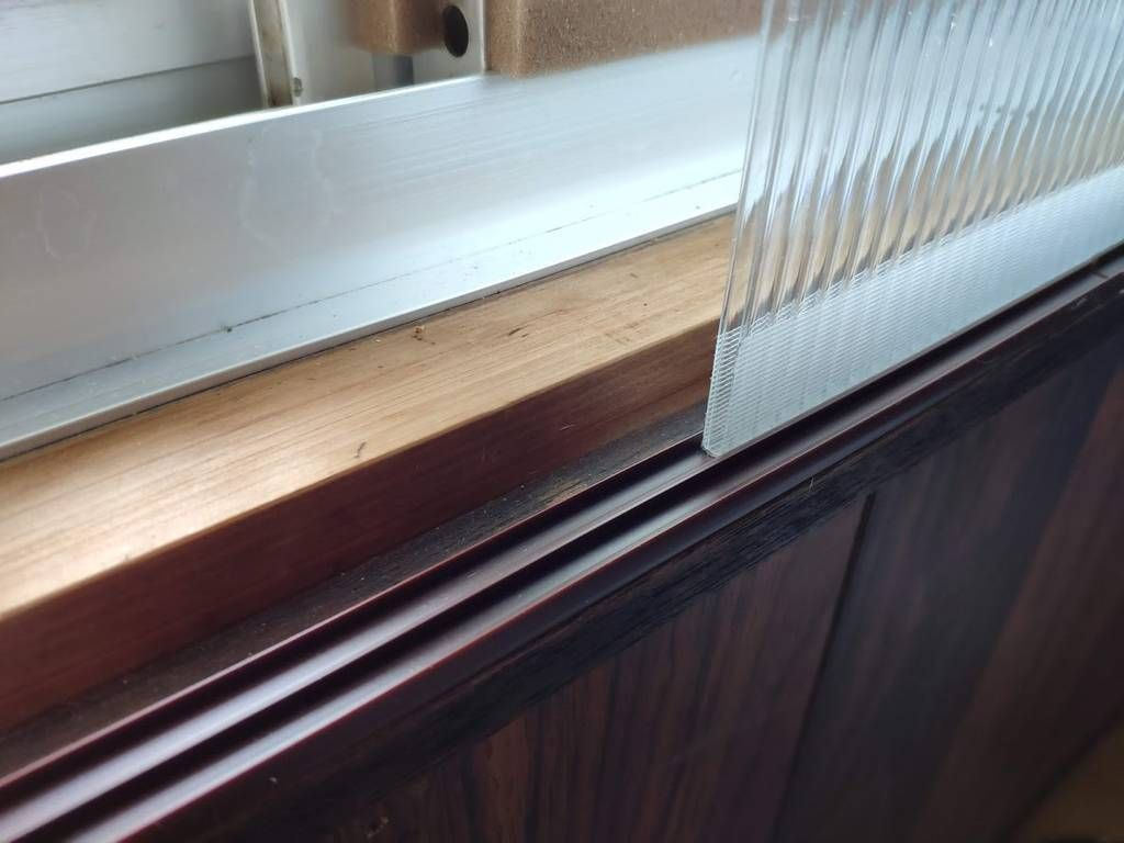 Diy 中空ポリカ板で断熱二重窓を自作してみた 簡単に隙間風や結露が