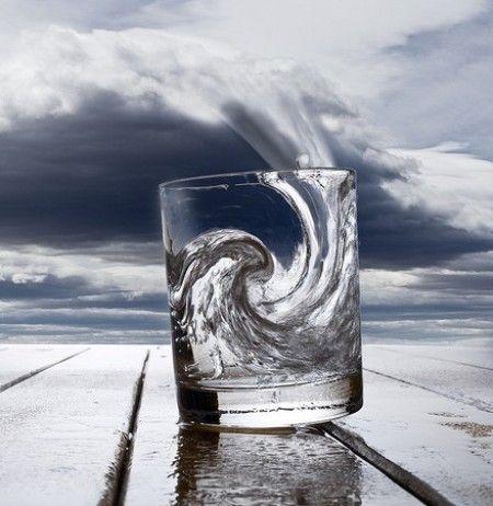 No hagas una tormenta de un vaso de agua  Refranes Populares