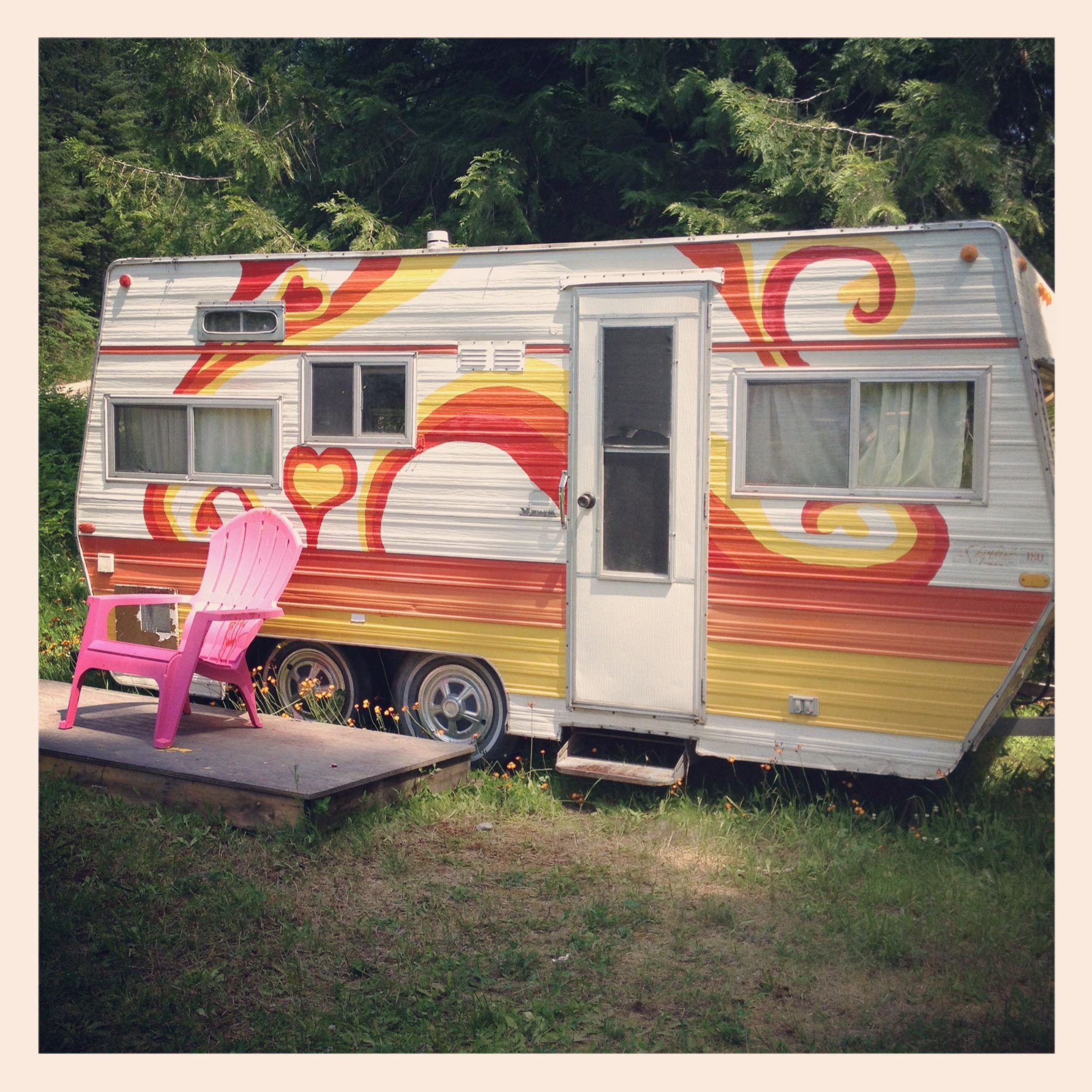 Travel Trailers With Outdoor Kitchens: Painted Vintage Travel Trailer