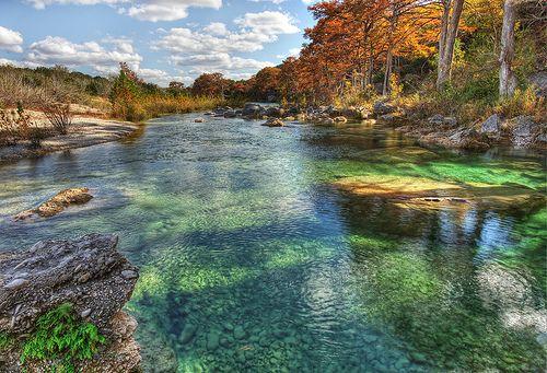 Me gusta nadar. Quiero ir a rio frio.