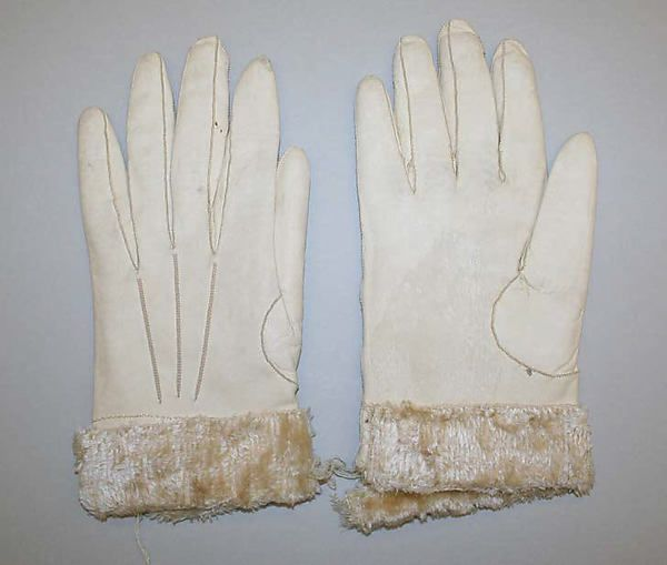 Gloves early 19th century, leather edged in wool