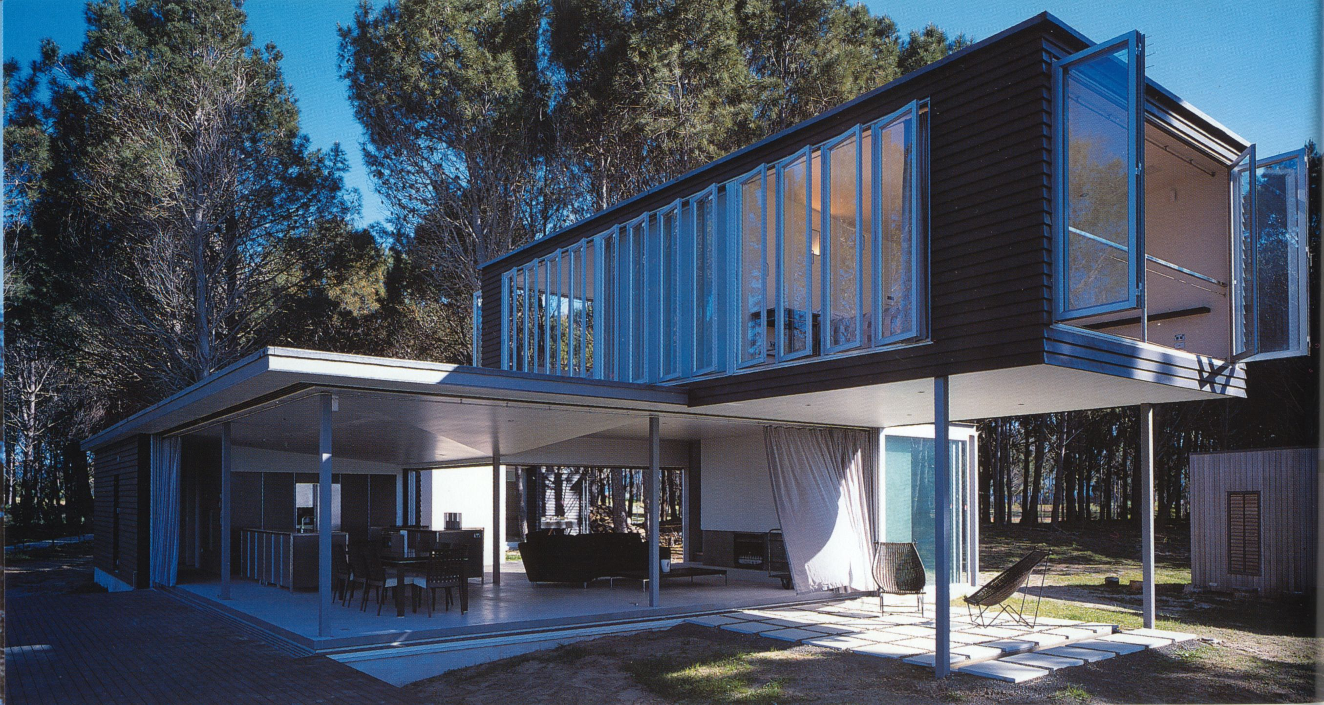 Funky house in NZ (With images) House design, Container