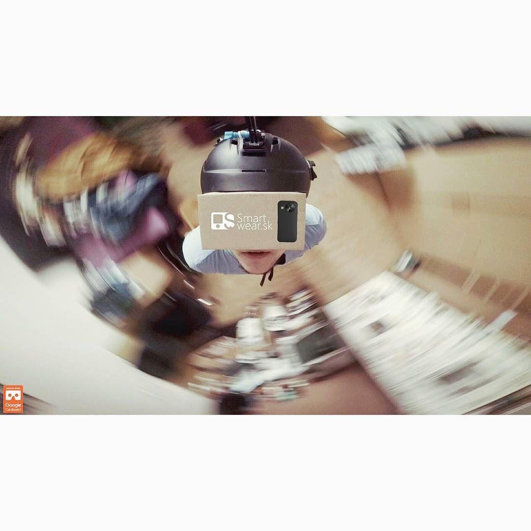 An awesome Virtual Reality pic! Pozeráte 360-stupňové videa? Ak áno tak ako? Celkom dobrou pomôckou sú okuliare od Google s názvom Google Cardboard aj keď je to zaberák na oči #vypalititooci #vr #virtualreality #youtubevr #goprovr #smartwearsk #smartwear #gopro #GoProHero #GoProHero4Black #goproholder #goproslovakia #goproslovensko #goproslovenskarepublika #goprosk #goprosvk #svk #slovensko #Slovakia #Čadca #cadca #kysuce #goprophoto #hero4 #Hero4Black #bigarm #google #360video…