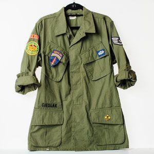 Embellished Vintage Army Jacket Fashion Style Trends Army Green Vintage Patches Vintage Army Jacket Army Jacket Style Woman Suit Fashion