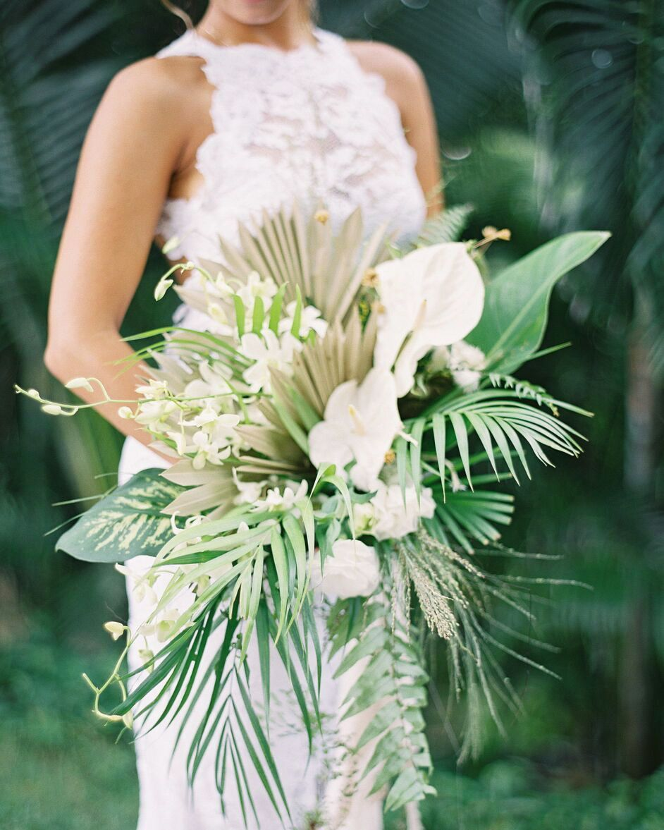 Distinctive Wedding Ceremony Bouquets And Not Using A