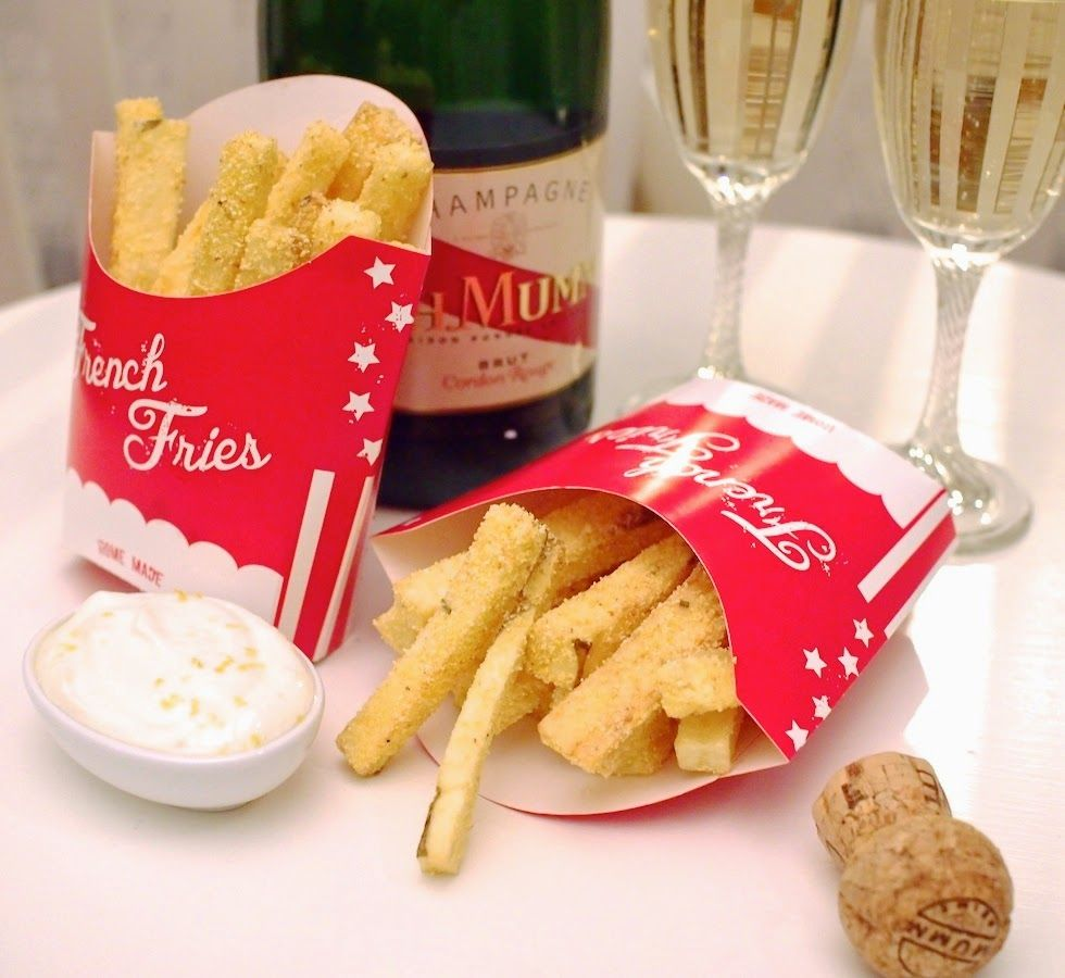 Makuja kotoa: Italian Seasoned Fries with Lemon Cream Cheese Dip