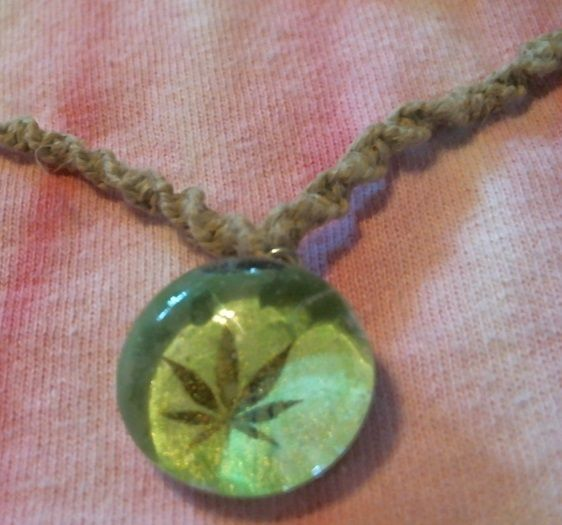 Hemp leaf glass pendant hemp necklace beachhempjewelry hemp leaf glass pendant hemp necklace beachhempjewelry beachhempjewelry mozeypictures Images