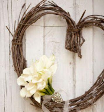 Atmosfera surreale per una sposa romanticissima e amante della natura.... Alessandro Tosetti www.tosettisposa.it Www.alessandrotosetti.com #abitidasposa #wedding #weddingdress #tosetti #tosettisposa #nozze #bride #alessandrotosetti