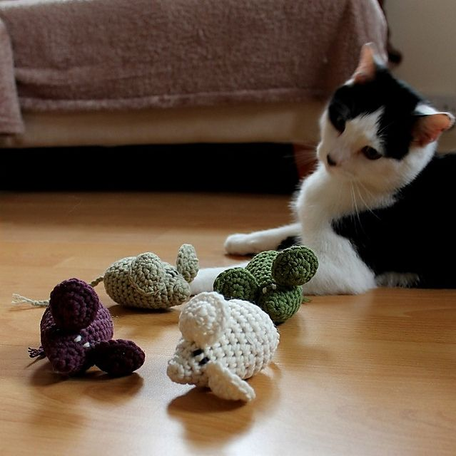 Ravelry: Hampton the Mouse (cat toy) pattern by Anna Nikipirowicz