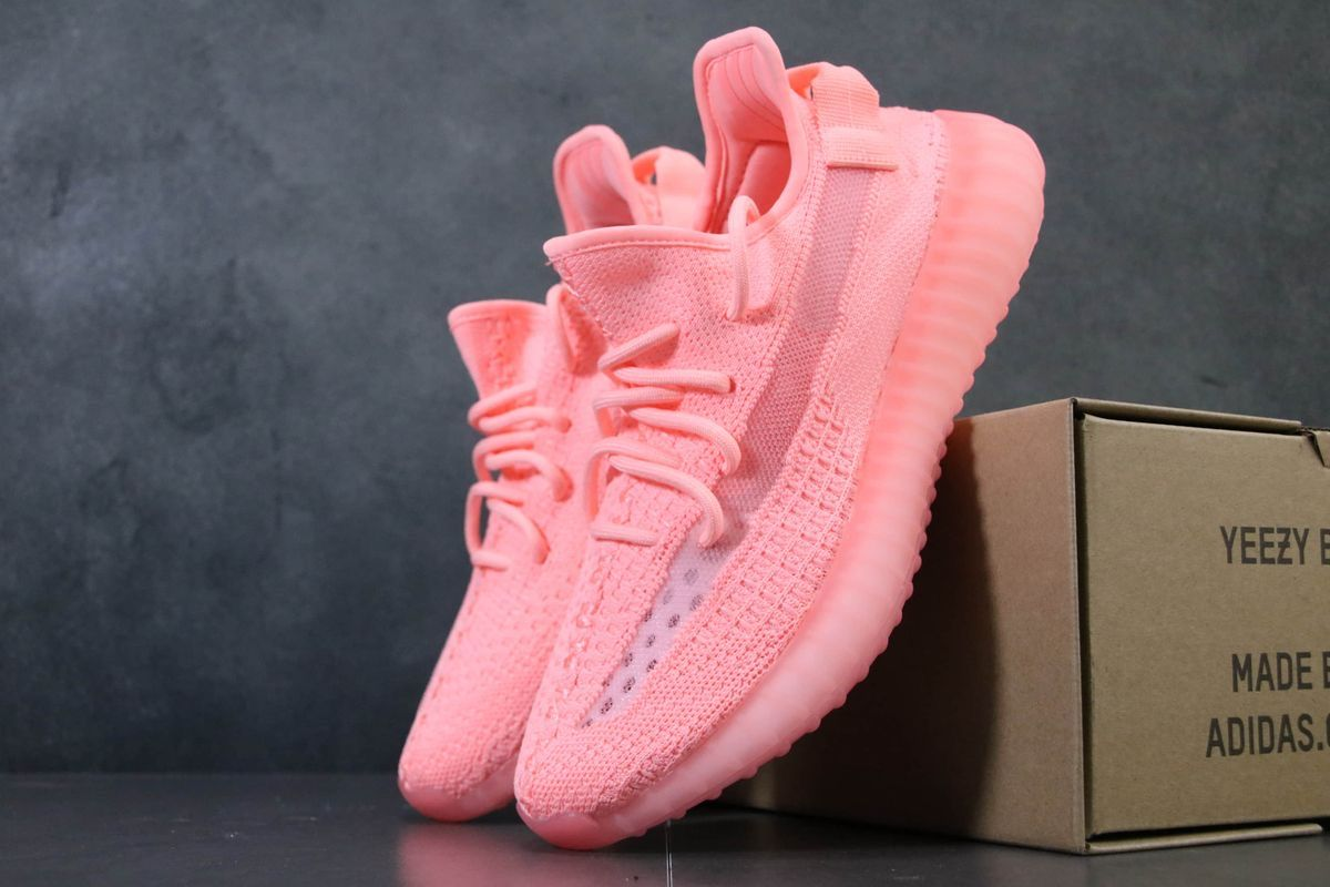 yeezy gid pink