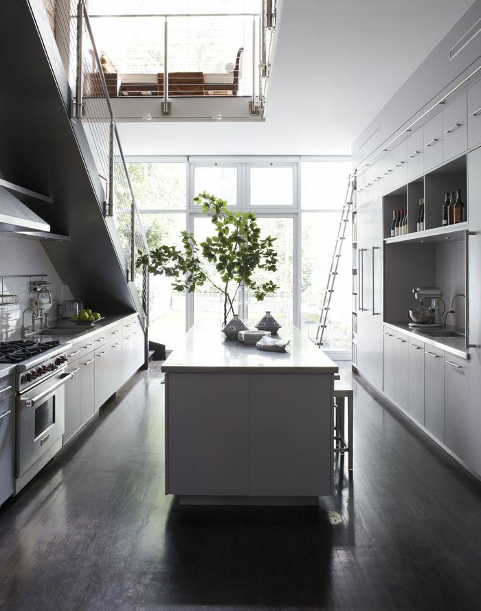 modern kitchen Love the space used under