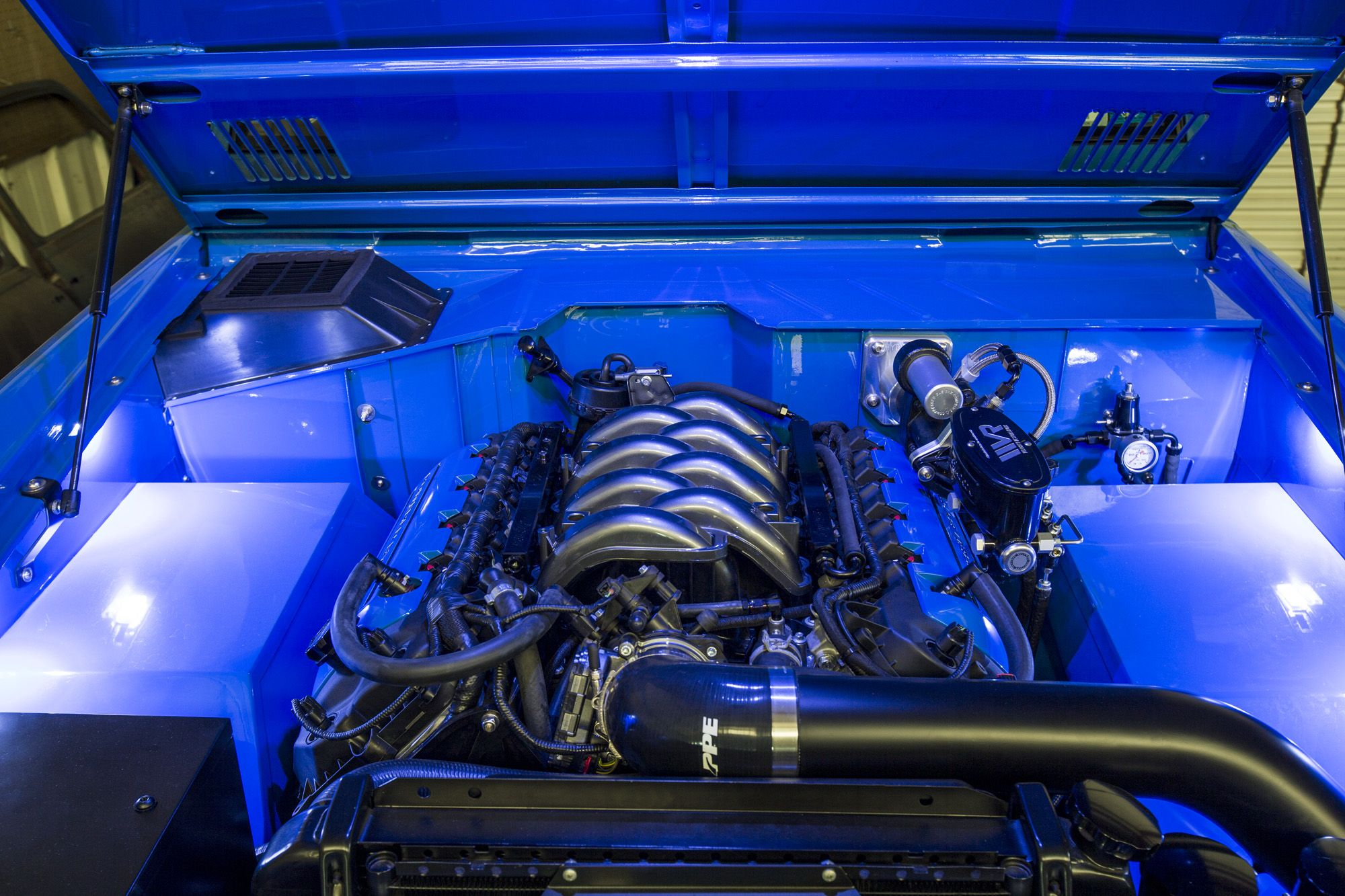 Another Custom Engine Bay Completed By Velocity Velocityrestorations Classic Ford Broncos Ford Bronco Classic Bronco