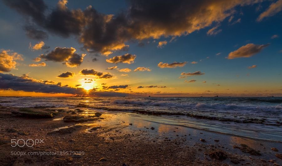 Sunset of fulfilled dreams by sergiogold via http://ift.tt/2hAZDJP