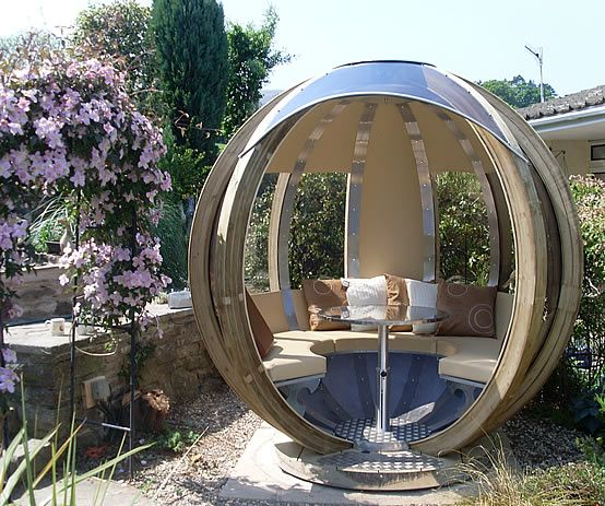 13 sphere pod spherical garden 554 463 pixels for Garden office ideas uk