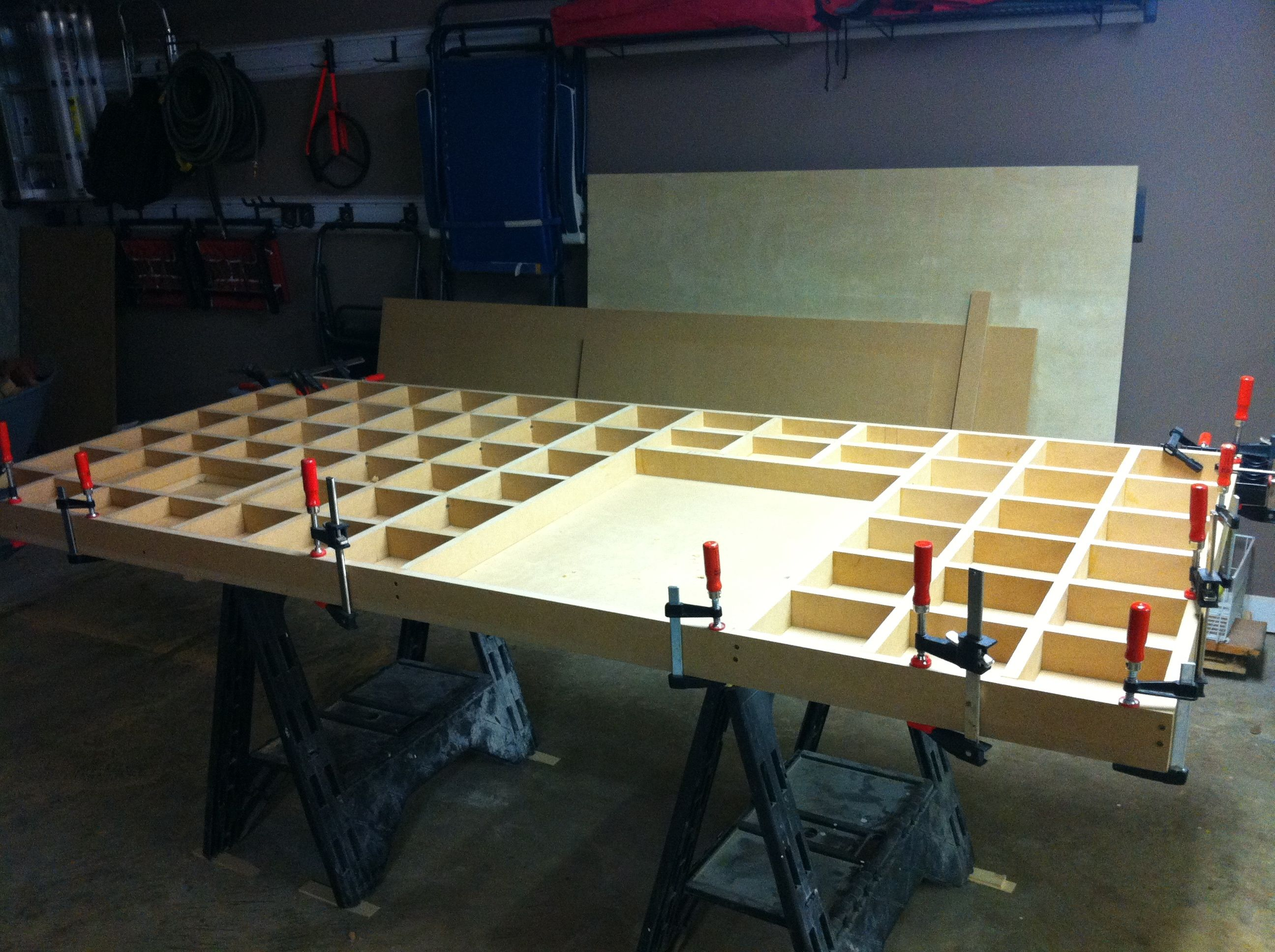 Construction of the torsion box for the new table saw out feed table – Construction Site Plan Table