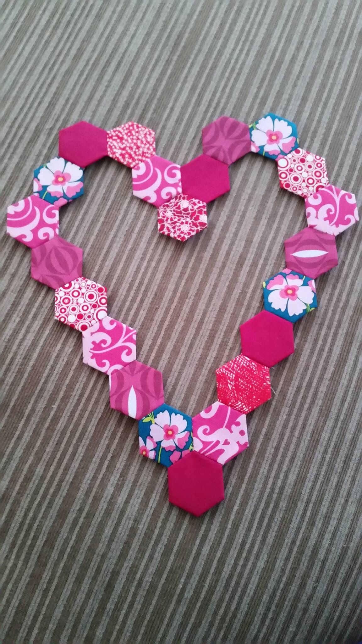 Love this idea I would fill the whole heart in with hexies though
