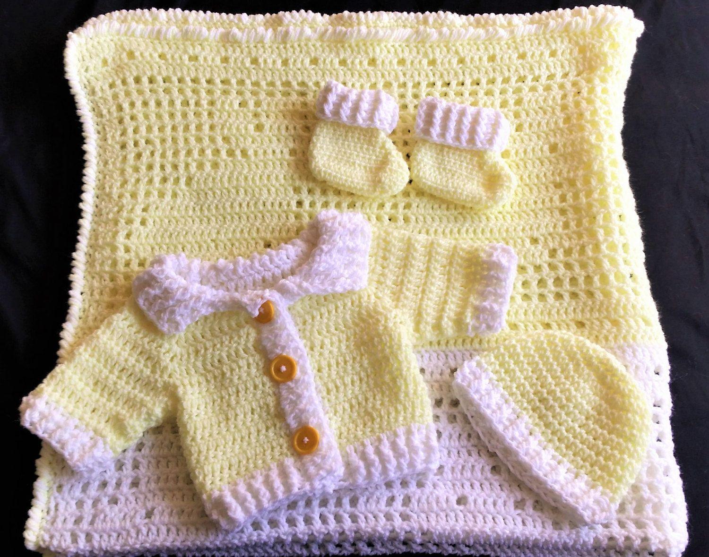 ee4e4889f Newborn Baby Sweater Set Yellow   White Blanket Hat Booties Handmade ...