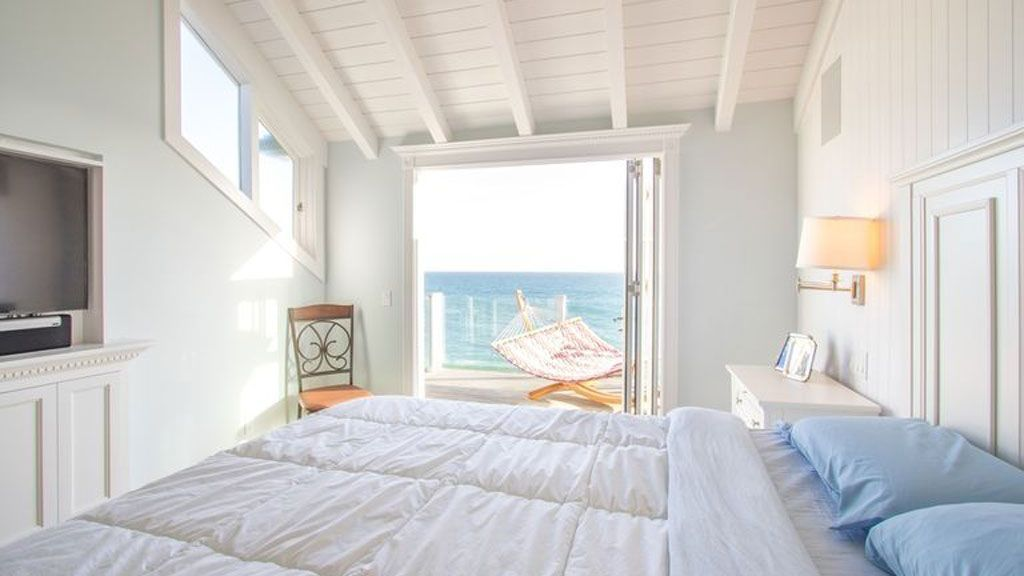 judy garlands malibu beach house for sale home reno pinterest