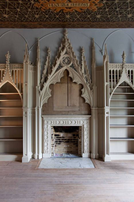 The library of the whimsical neo-gothic Strawberry Hill manor close to London…