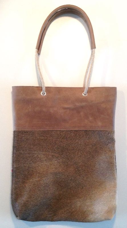 601275a0c54 Shopper Touwhengsel Light Clay Cow Handmade leather bags - Leather ...