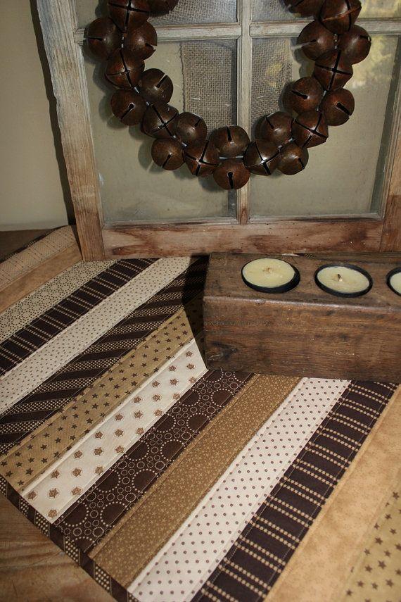 I love this table runner | quilts | Pinterest | Nähen