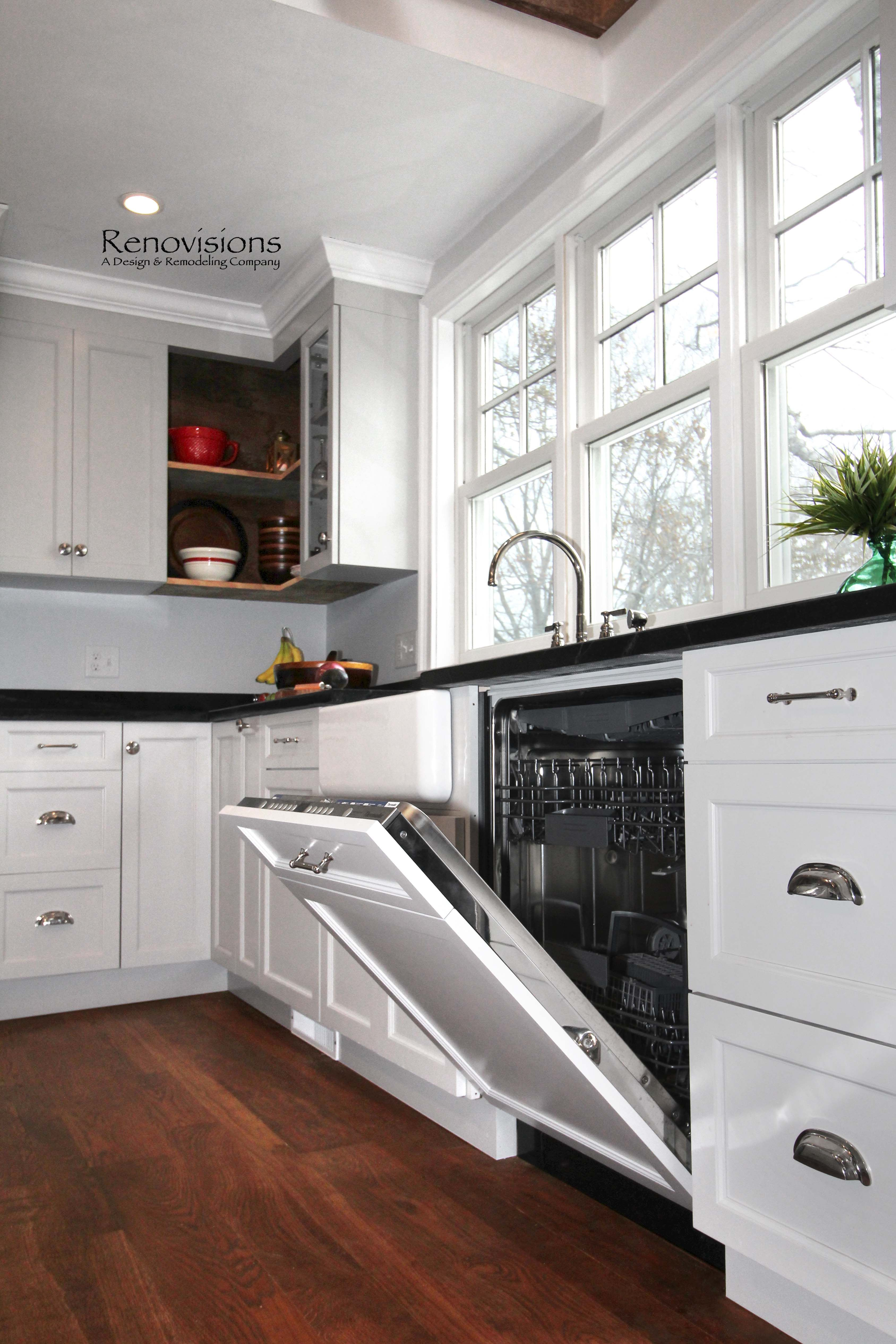 Beautiful Copper Farmhouse Sink with White Cabinets