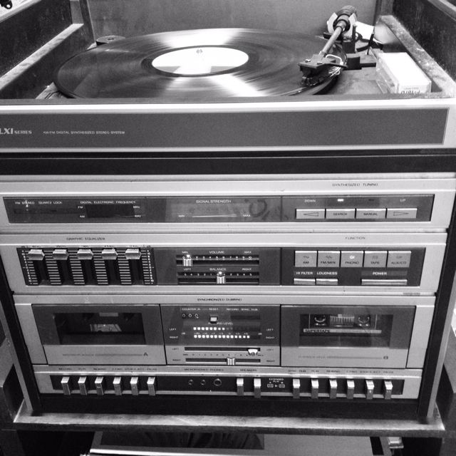 Old School Stereo System Home Music Rooms Stereo System Audio System