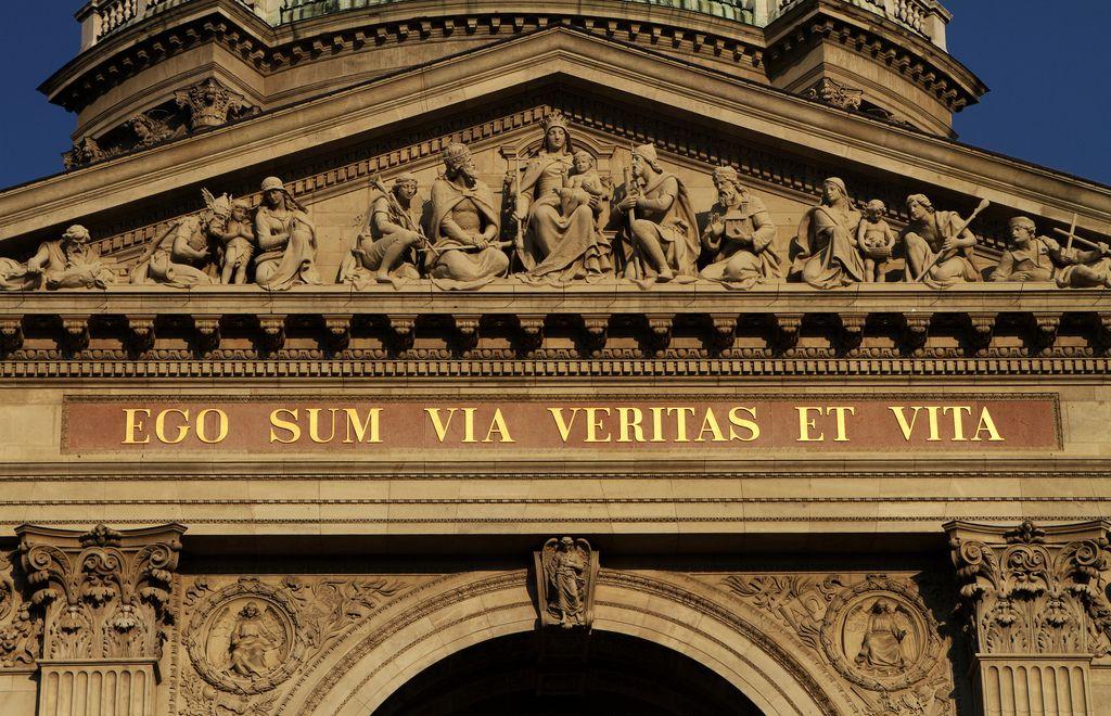 St Stephens Basilica Budapest Ego Sum Via Et Veritas Et Vita Veritas Basilica Budapest