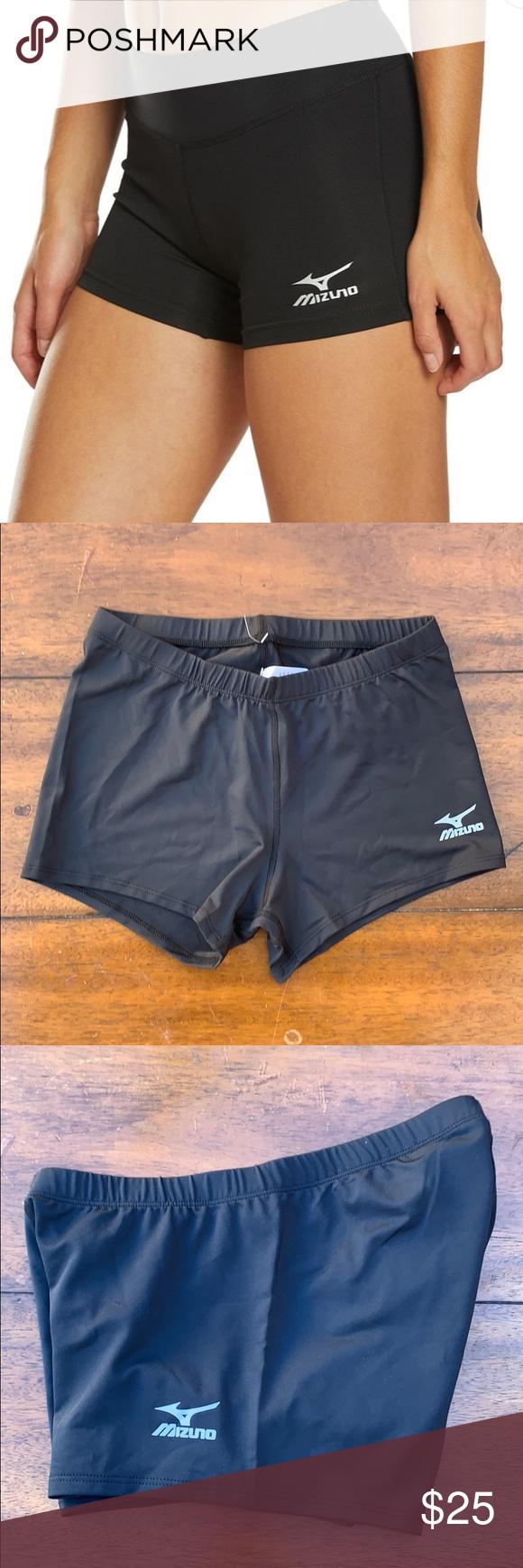 Mizuno Women S Volleyball Shorts Size M New With Tag Excellent Condition Mizu Condition Excellent Mizu Mizuno Shorts In 2020 Volleyball Shorts Women Mizuno